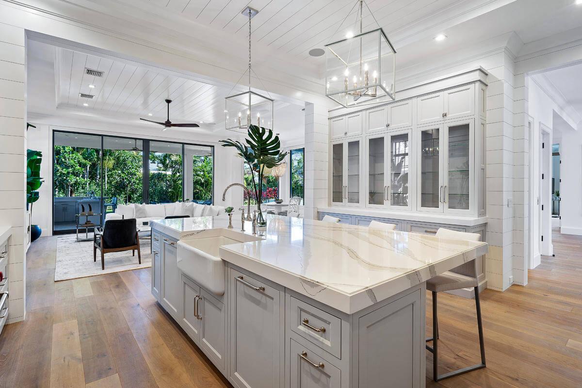 custom glass in a lavish kitchen